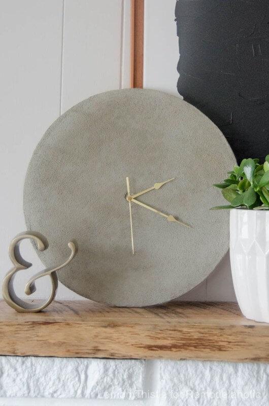Simple Diy Concrete Clock Tutorial
