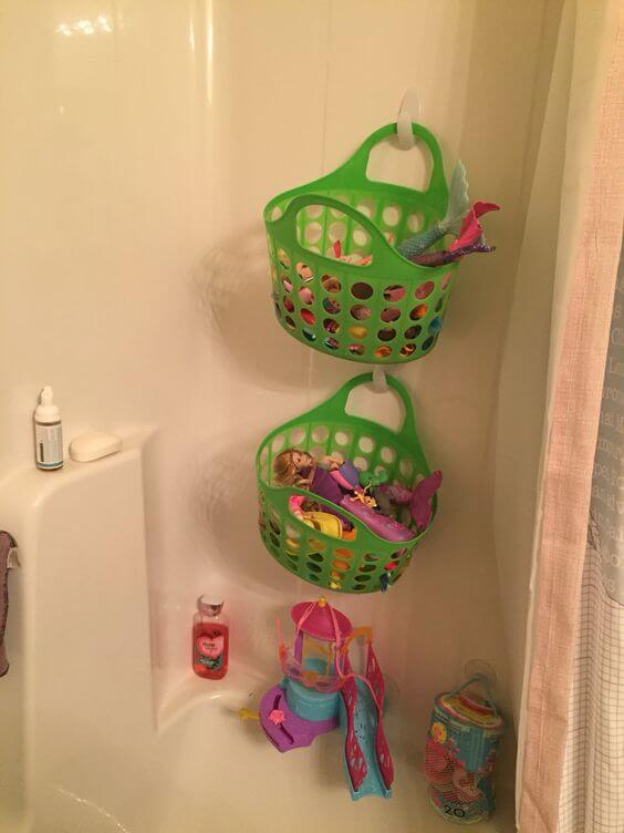 Bathtub toy storage from Dollar Tree