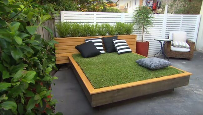 DIY Grass Bed Offers a Cozy Green Oasis