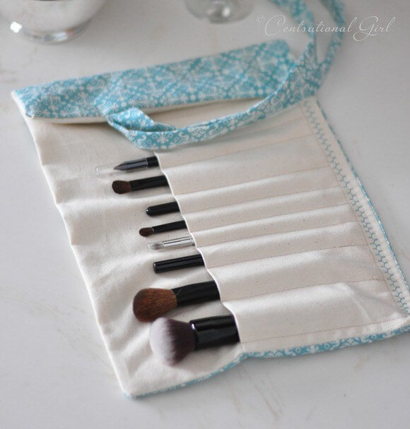DIY: Makeup Brush Holder