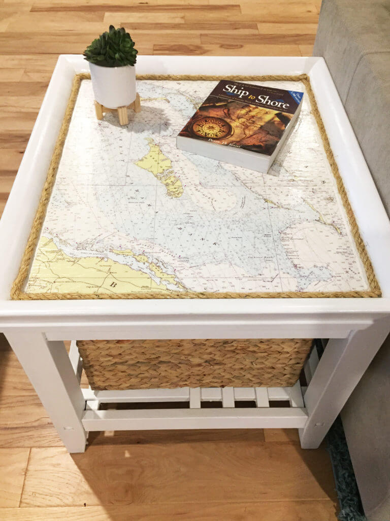 End Table Coastal Makeover - Sidetable CompleteWith Rope