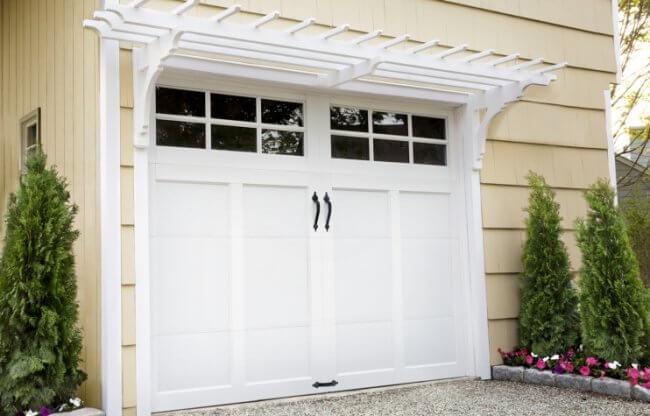 How to Build a Garage Pergola