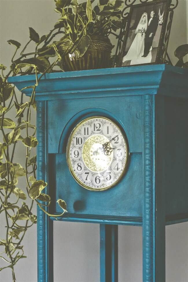 Painted Clock Makeover + A Few Lessons Learned