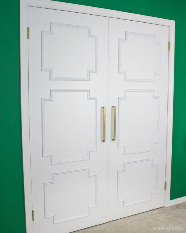 Update Your Closet With This Flat Panel Door Makeover!