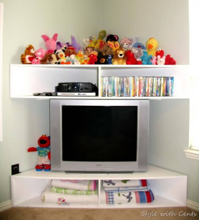 Creating an Inexpensive Playroom