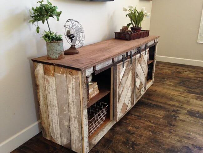 Grandy Barn Door Console