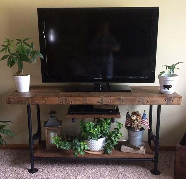 Reclaimed Wood and Industrial Pipe TV Stand