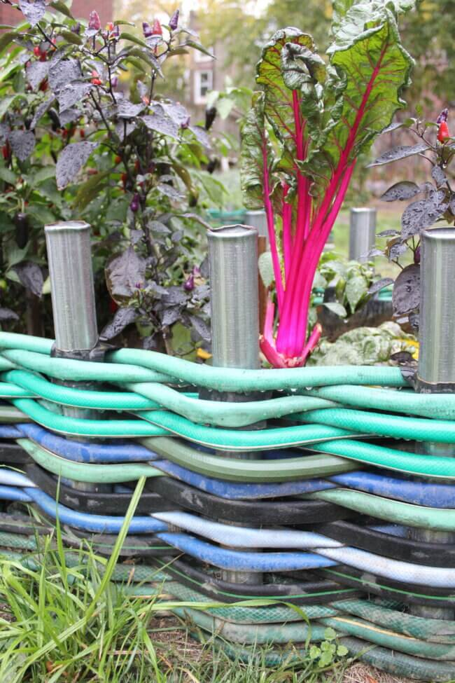 Recycled hoses as fence