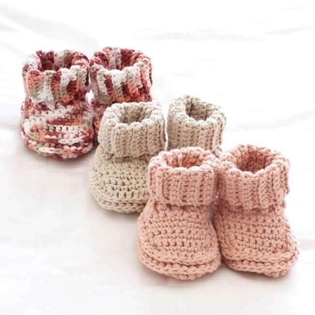 Bernat Baby's Booties Crochet Pattern