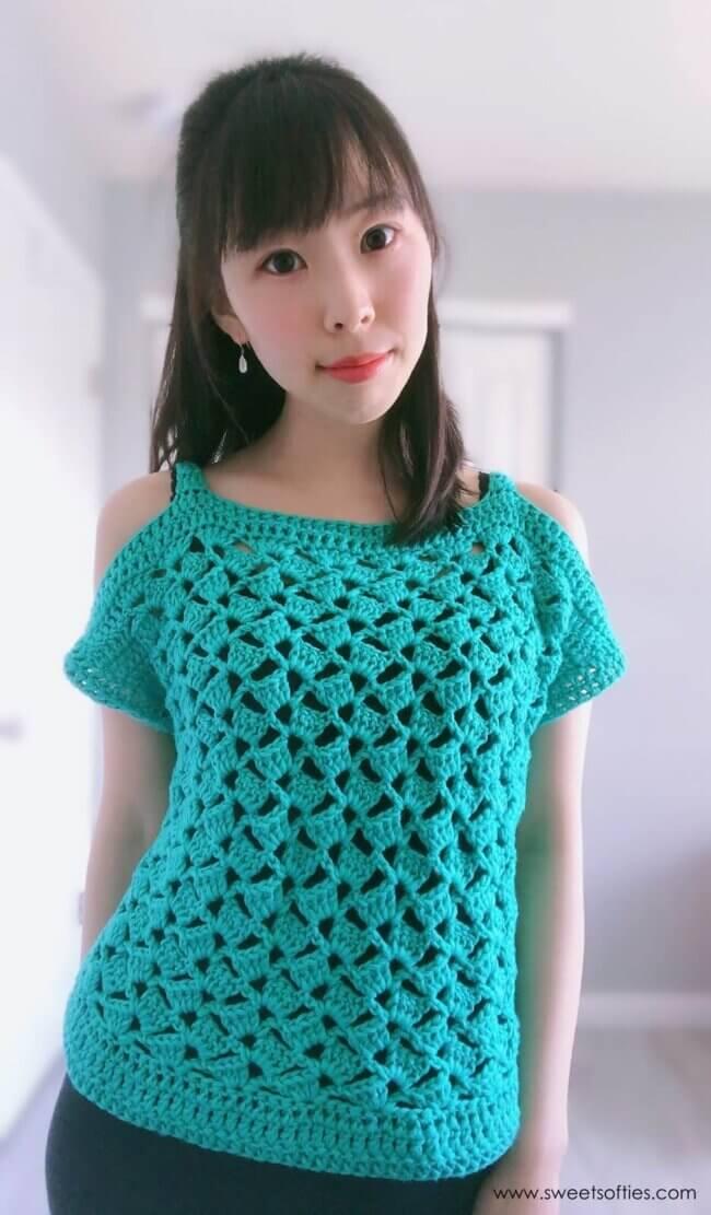 Cabana Cold-Shoulder Top (Free Crochet Pattern)