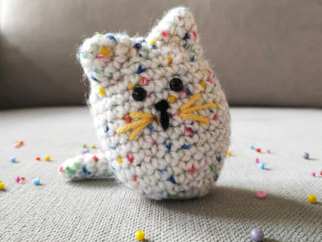 Hanna the cat amigurumi pattern