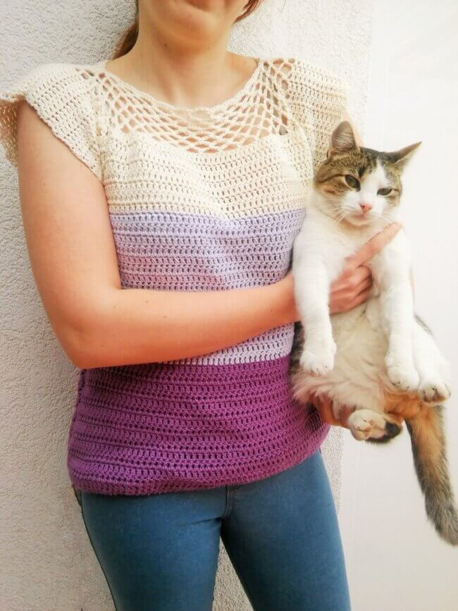 Simply Cute Blouse – Free Crochet Pattern for Beginners