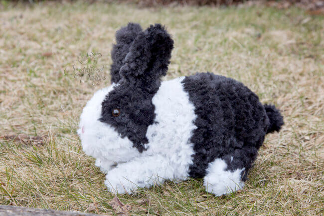 Odie the Bunny ~ A Free Crochet Pattern