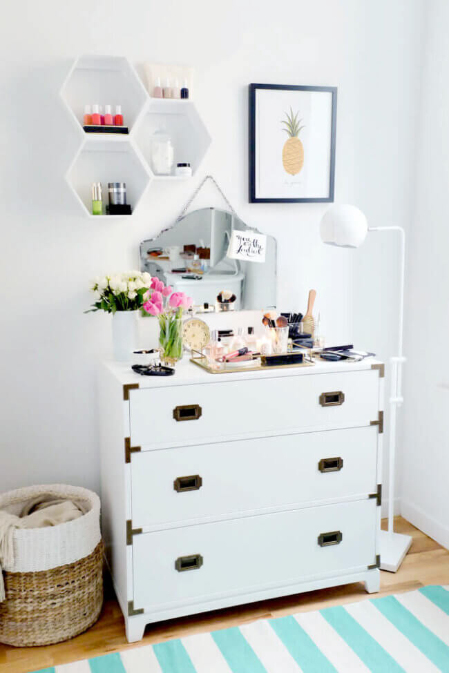 2 Ways to Make the Most of Styling Your Dresser
