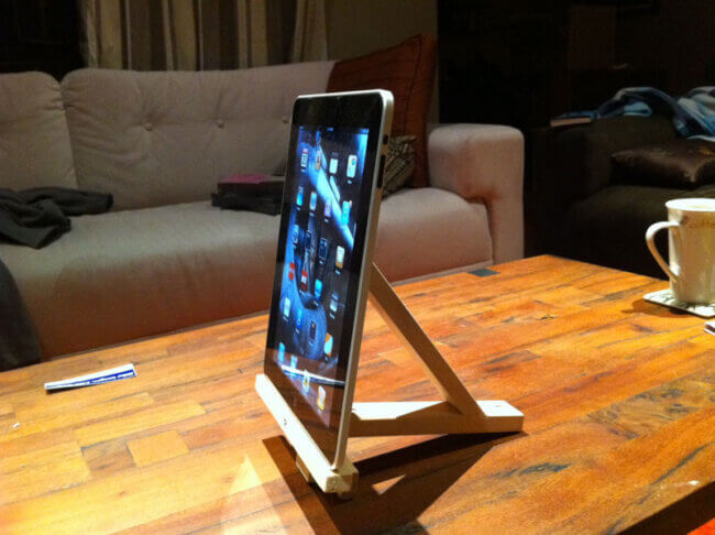 IkeaPad stand