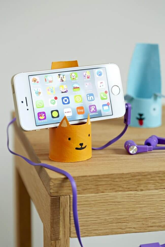 Pet Phone Stand
