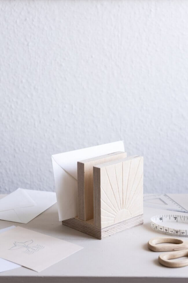 Diy Wooden Decoration: Letter Holder With Engraved Sun Motif