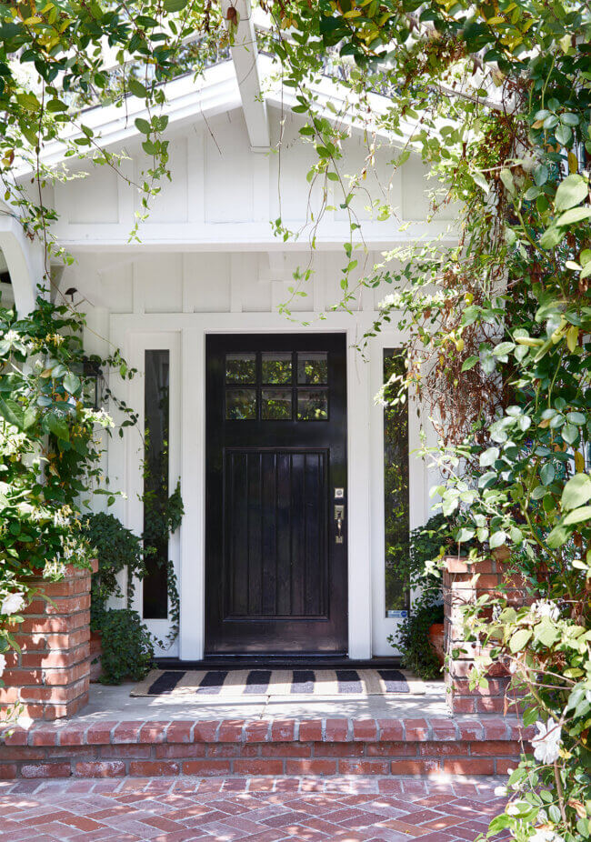 The Best Paint Colors to Upgrade Your Front Door