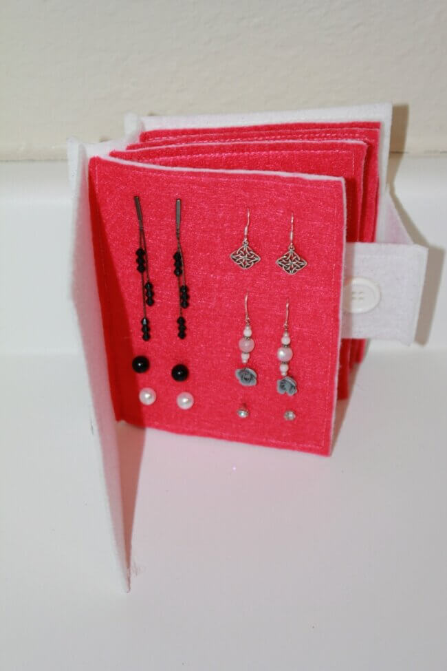 Earring Travel Book