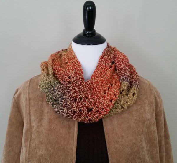 Fall Sunburst Infinity Scarf – Free Crochet Pattern