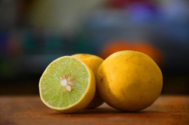 Fresh Lemon Juice: Another Easy Silver cleaning solution