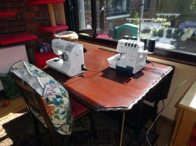 Renovate & Repurpose an Oak Dining Table Into Sewing Table