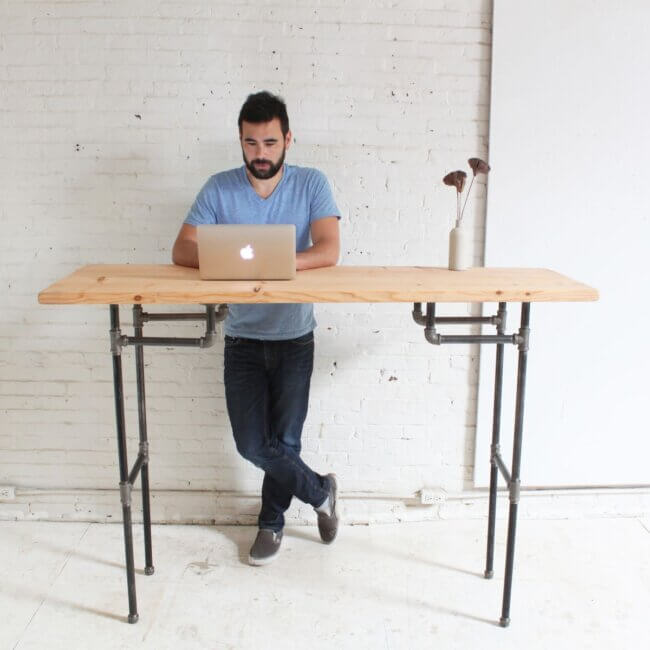 DIY Standing Desk From Galvanized Pipes