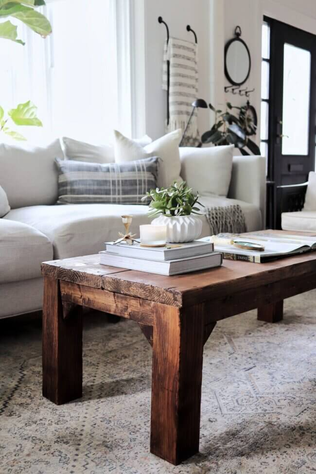My Perfectly Imperfect DIY Coffee Table