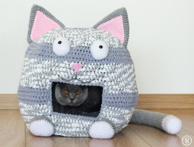 Crochet Cat Bed Cave Kitty Kat House