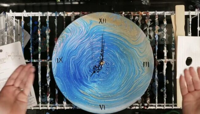 DIY Clock - How to Make a Vinyl Record Into a Clock