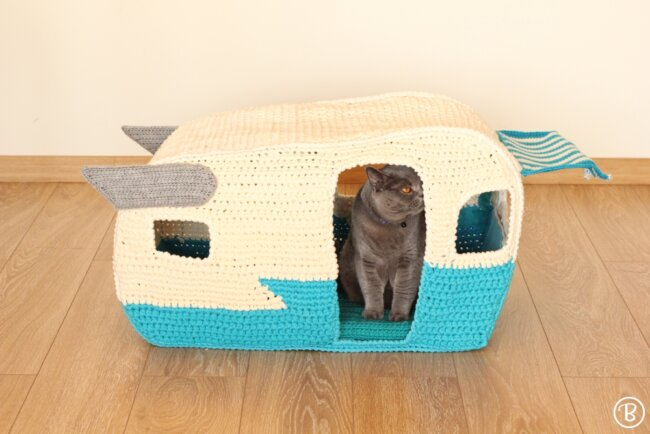 Pet House Pattern: On the Road Pet Home