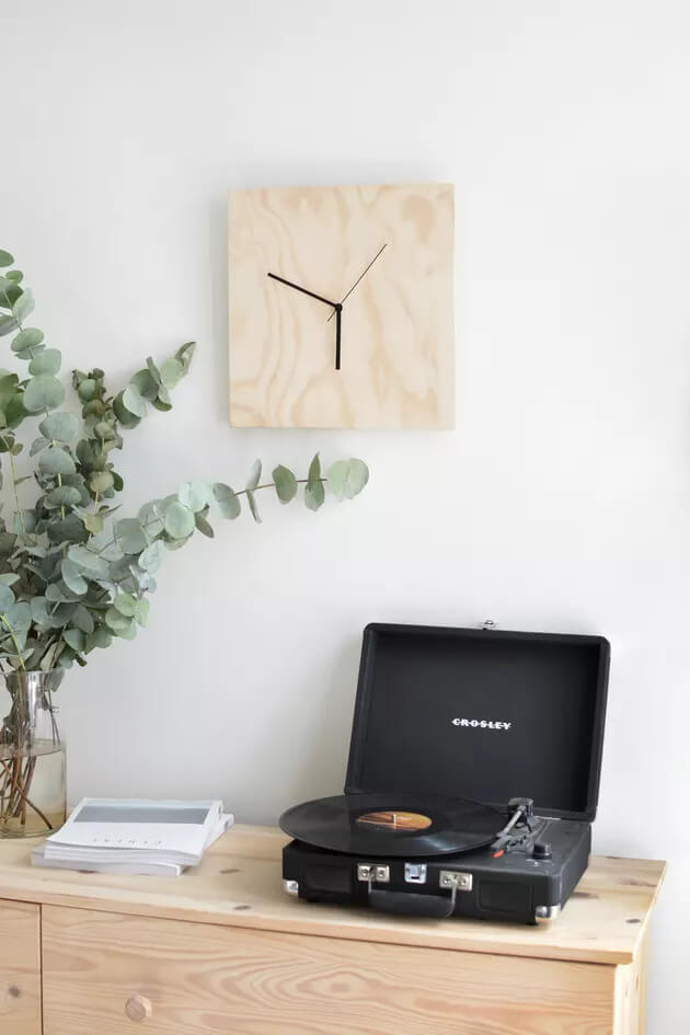 To Make This Modern Chic Plywood Clock