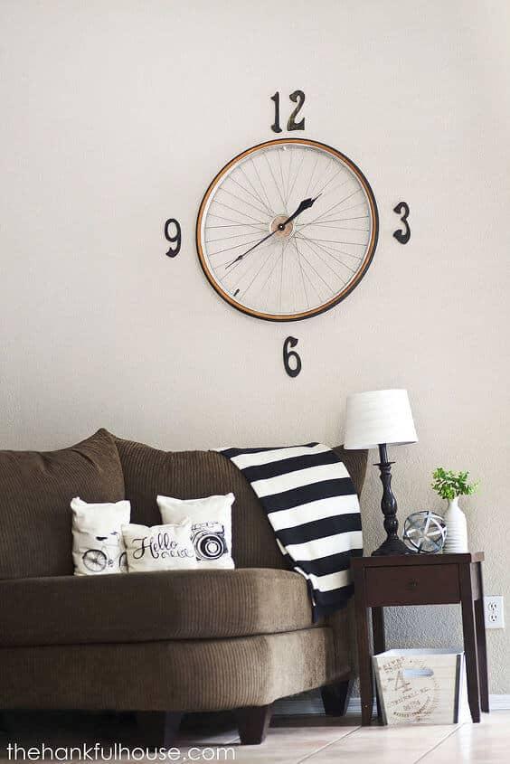 Vintage Bicycle Wheel Clock