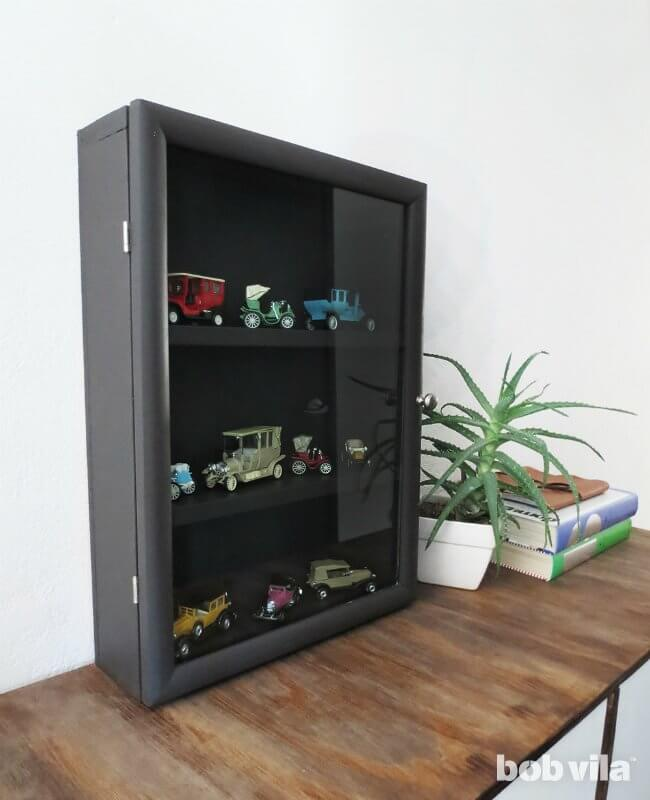 DIY Lite: How to Build a Shadow Box Display