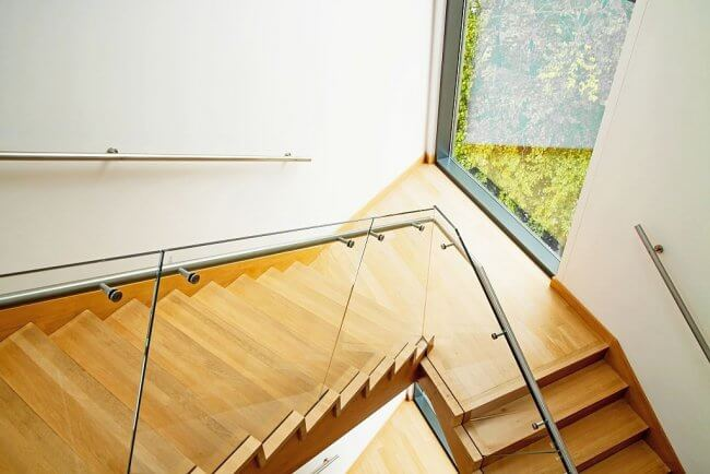 Glass railings for high aesthetic appeal