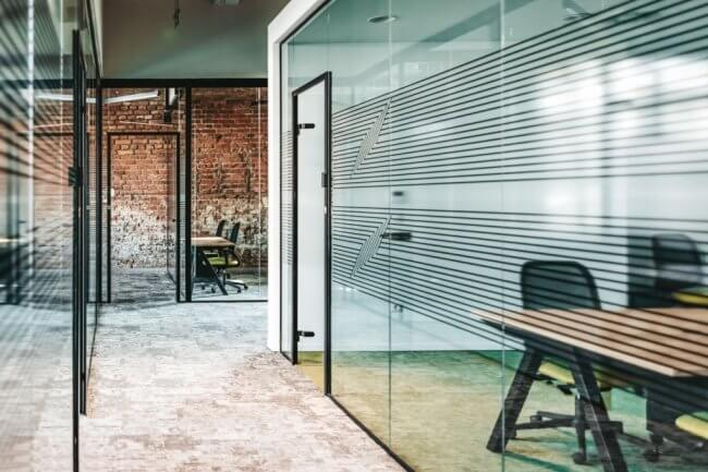 3. Glass Walls to Give a New Look to Your Interior