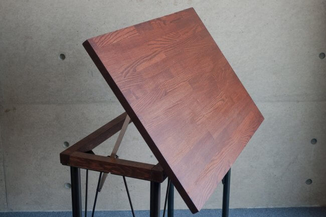 How to make your own drafting table (simply)